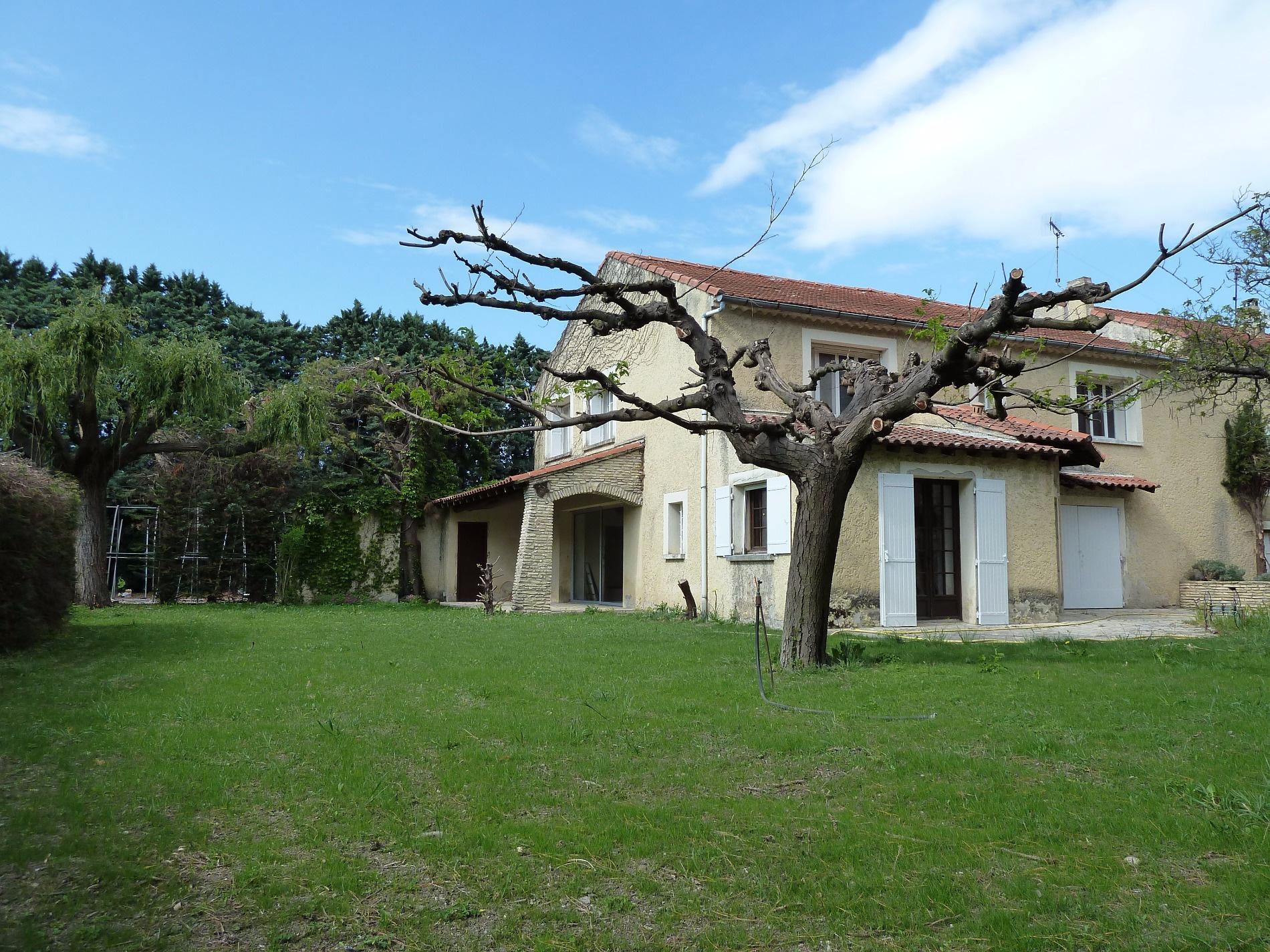 Location en campagne sans aucune nuisance agr able mas for Immobilier chambre sans fenetre